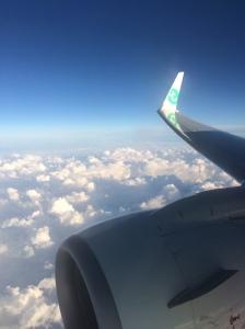 1. In-het-vliegtuig-zo-veel-zin-in-foto