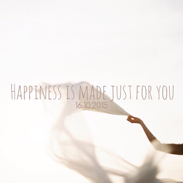Het SchrijfCafé - Six Word Story - 16.10.2015 - Happiness is made just for you